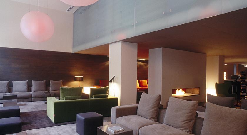 chimenea hotel omm barcelona